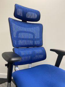 pantone classic blue i29 chair